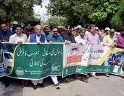 لاہور : لا ہور ویسٹ مینجمنٹ کمپنی کے زیراہتمام صفائی کی آگاہی مہم کے ..