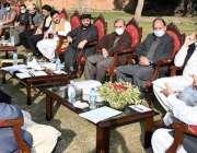 پشاور، وزیراعلی خیبرپختونخوا محمود خان سے جنوبی وزیرستان سے تعلق رکھنے ..