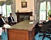 اسلام آباد: وزیراعظم عمران خان سے ٹیلی نار کے سی ای او عرفان وہاب ملا ..