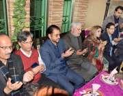 لاہور: مسلم لیگ (ن) کلچرل ونگ پنجاب کی صدر مسز نسرین ملک کی رہائش گاہ ..