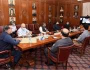 کراچی: گورنرسندھ عمران اسماعیل گورنر ہاؤس میں اجلاس کی صدارت کر رہے ..