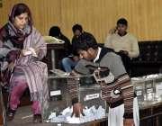 ملتان: پاکستان ریلوے نے ریلوے ہال میں جسمانی ٹیسٹ کے بعد کوالیفائی ..