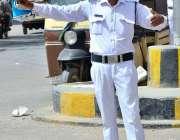 حیدرآباد: پاکستانی چوک پر کورونا وائرس کے احتیاطی تدابیر کے طور پر ..