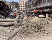 کراچی: رنچولین کبڈی مارکیٹ روڈ کی سست تعمیر کے باعث شہریوں کو مشکلات ..