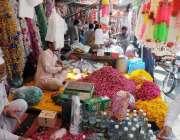 راولپنڈی: بنی کے علاقے میں پھول فروشوں نے عید کیلئے پھول فروخت کیے سجارکھے ..