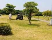 اسلام آباد:''صاف اسلام آباؤ مہم کے تحت میٹرو کارپوریشن کا عملہ سیکٹر ..