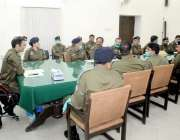 اٹک:ڈی پی او سید خالد ہمدانی ماہانہ کرائمنز اجلاس کی صدارت کررہے ہیں۔