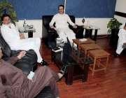مظفر آباد: وزیر اطلاعات و سیاحت راجہ مشتاق احمد منہاس وزیر تعلیم سکولز ..