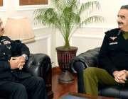 لاہور: آئی جی پنجاب شعیب دستگیر سے نیوی کمانڈرسنٹرل پنجاب و کمانڈنٹ ..