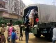 کراچی شہرقائد میں طوفانی بارش کے نتیجے میں سیلابی ریلے کی کیفیت پیداہونے ..