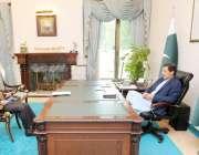اسلام آباد: وزیر اعظم کے مشیر برائے تجارت جناب عبد الرزاق داؤد نے وزیر ..