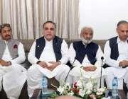 حیدرآباد، گورنر سندھ عمران اسماعیل بزنس کمیونٹی سے خطاب کر رہے ہیں، ..