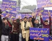 لاہور : شاہدرہ کے رہائشی اپنے مطالبات کےحق میں احتجاج کررہے ہیں۔