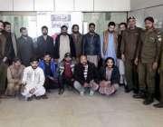 راولپنڈی: شادی کے موقع پر ہوائی فائرنگ ،شراب نوشی اور دفعہ 144 کی خلاف ..