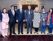 اسلام آباد: صدر ڈاکٹر عارف علوی اقوام متحدہ کے خصوصی نمائندہ برائے ..