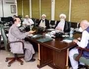 اسلام آباد: وفاقی وزیر داخلہ بریگیڈ (ر) اعجاز احمد شاہ نے ڈاکٹر غضنفر ..