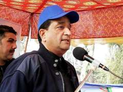 Attock : Federal Minister for Climate Change Malik Amin Aslam addressing the inaugural ceremony of the Clean Green Attock in Hazro.