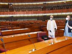 Islamabad: Speaker National Assembly Asad Qaiser visiting National Assembly Hall to examine the sitting arrangements for Members keep in view the principle of Social Distancing.