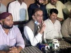 Sukkar: PMLN president Sindh Shah Muhammad Shah talking to media.