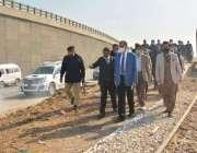 کراچی، وفاقی وزیر ریلوے اعظم خان سواتی گلبائی کے سی آر ٹریک کا معائنہ ..
