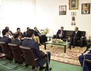 برلن، وزیر خارجہ شاہ محمود قریشی پاکستانی ایمبیسی کے دورہ کے موقع پر ..