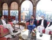 اسلام آباد، نومنتخب سینیٹر محمد عبدالقادر وزیراعظم عمران خان سے ملاقات ..
