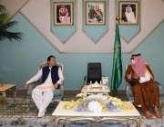 مدینہ منورہ، وزیراعظم عمران خان سے مدینہ کے نائب گورنر شہزادہ سعود ..