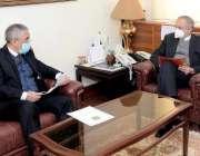 اسلام آباد، وزیراعظم کے مشیر برائے تجارت و سرمایہ کاری عبدالرزاق دائود ..