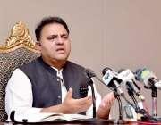اسلام آباد، وفاقی وزیر اطلاعات فواد چوہدری میڈیا کو وفاقی کابینہ کے ..