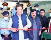 اسلام آباد، وزیراعظم عمران خان سیف سٹی ہیڈکوارٹرز کے دورے کے موقع پر ..