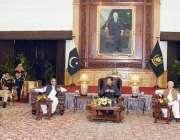 پشاور، وزیراعظم عمران خان سے تحریک انصاف کے ارکان پارلیمنٹ ملاقات ..