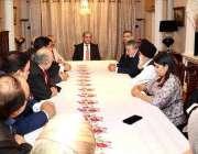 لندن، وزیرخارجہ شاہ محمود قریشی انگلینڈ میں مقیم کشمیری رہنماؤں سے ..