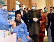 کوئٹہ، وزیراعلی بلوچستان جام کمال خان کی موجودگی میں ڈاکٹر آفتاب کو ..
