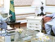 لاہور، گورنر پنجاب چوہدری محمد سرور سے سپیکر قومی اسمبلی اسد قیصر ملاقات ..