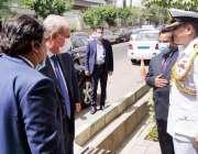 تہران، وزیر خارجہ شاہ محمود قریشی تہران میں پاکستانی ایمبیسی کا دورہ ..