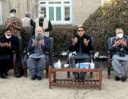 کوئٹہ، وزیراعظم عمران خان سانحہ مچھ میں شہید ہونے والے افراد کیلئے ..