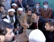 کوئٹہ، وزیراعلی بلوچستان جام کمال خان سانحہ مچھ کے دھرنا شرکاء سے بات ..