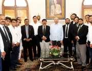 لاہور، گورنر پنجاب چوہدری محمد سرور سے گورنر ہاؤس لاہور میں وکلاء کے ..