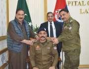 لاہور، سی سی پی او لاہور غلام محمود ڈوگر پولیس افسر کو ڈی ایس پی عہدے ..