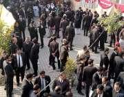 راولپنڈی، ڈسٹرکٹ بار ایسوسی ایشن کے سالانہ انتخابات کے موقع پر گہما ..