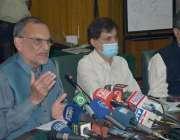 لاہور، وفاقی وزیر ریلوے اعظم خان سواتی ریلوے ہیڈکوارٹرز میں پریس کانفرنس ..