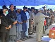 راولپنڈی، شہید انسپکٹر میاں عمران عباس کی پولیس لائن میں نماز جنازہ ..