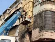 کراچی، سندھ گورنمنٹ کی جانب سے برنس روڈ فوڈ اسٹریٹ پر ایک تاریخی عمارت ..
