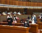 اسلام آباد، قومی اسمبلی کے اجلاس میں گھوٹکی ٹرین حادثے میں جاں بحق ..