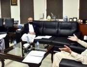 اسلام آباد، وفاقی وزیر ریلوے محمد اعظم خان سواتی سے وزیراعظم کے خصوصی ..