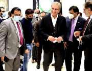 برلن، وزیر خارجہ شاہ محمود قریشی پاکستان ایمبیسی کا دورہ کر رہے ہیں۔