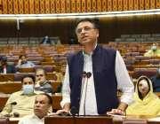 اسلام آباد، وفاقی وزیر برائے پلاننگ اسد عمر قومی اسمبلی اجلاس سے خطاب ..