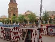 کراچی، شہر قائد میں لگائے گئے جزوی لاک ڈاؤن کے باعث ایمپریس مارکیٹ ..