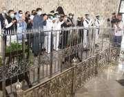 کراچی، گورنر سندھ عمران اسماعیل اور وزیراعلی سندھ مراد علی شاہ صوبائی ..