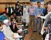 لاہور، تحریک انصاف کے سینیٹر اعجاز چوہدری سعودی عرب کی جیلوں سے رہا ..